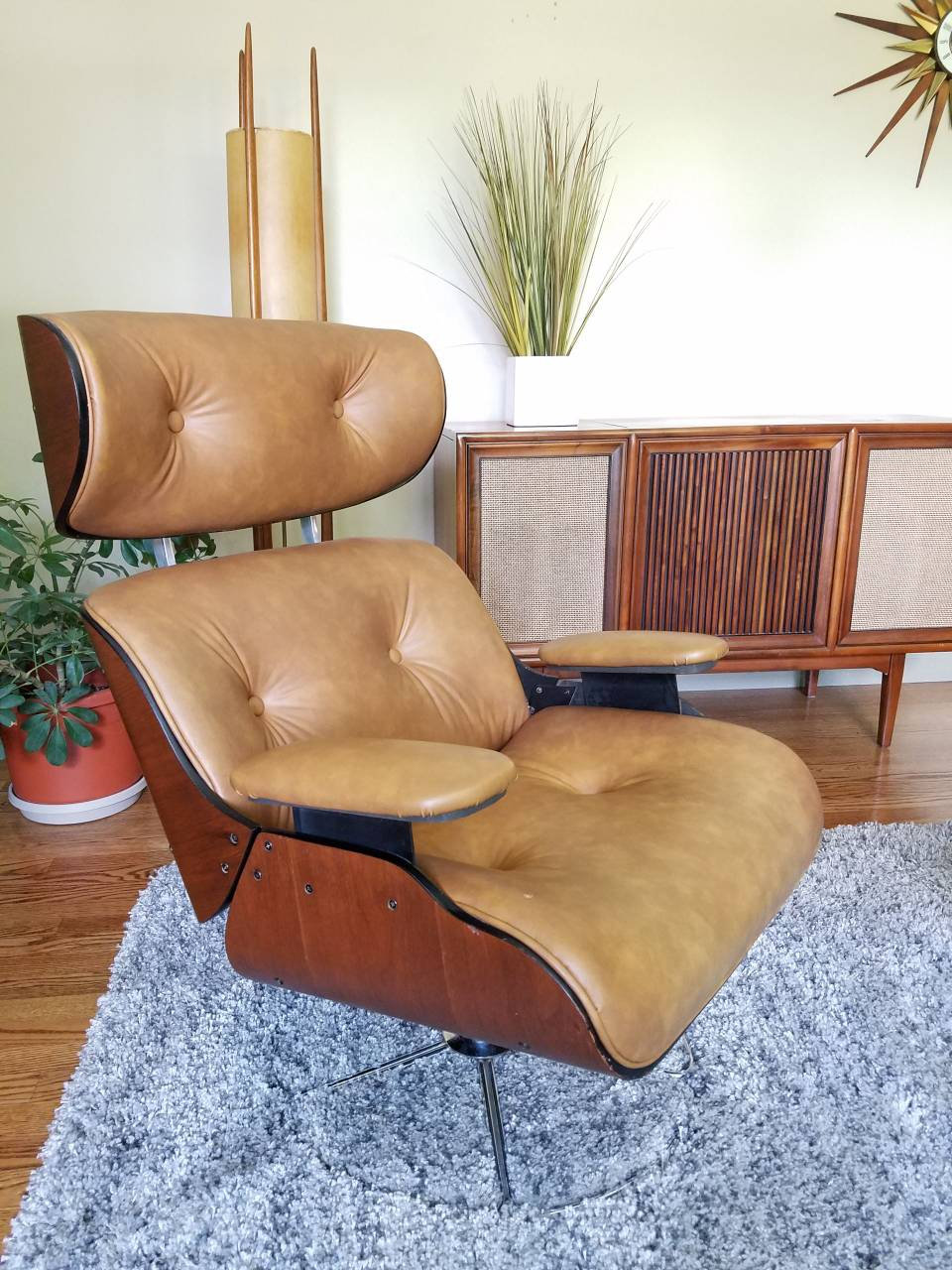 SOLD ~ Vintage Mid Century Bentwood Lounge Chair