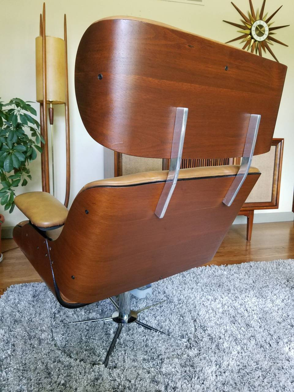 Vintage Mid Century Bentwood Lounge Chair3
