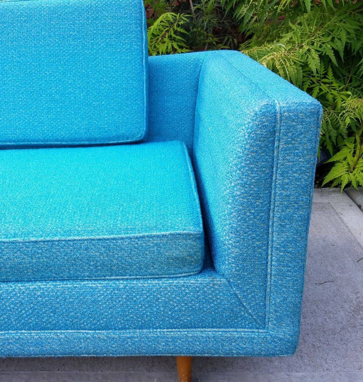 Turquoise Mid Century Sofa in Like New Condition_6