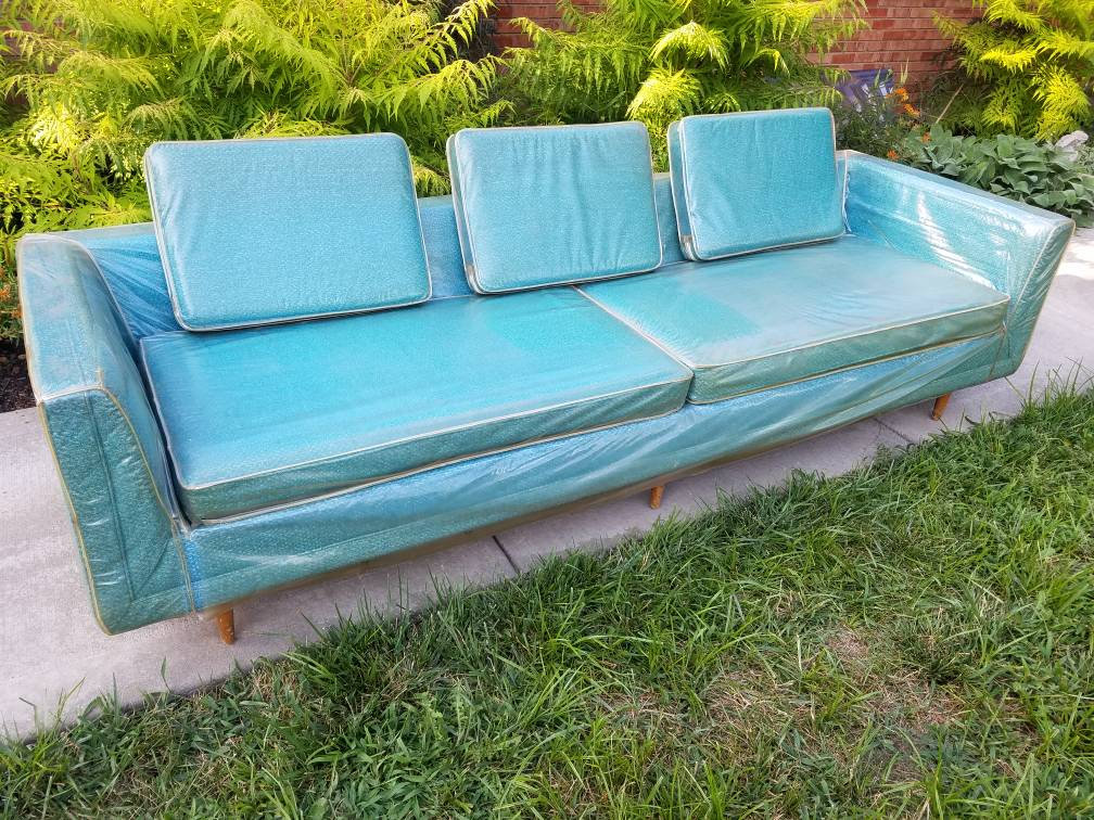Turquoise Mid Century Sofa in Like New Condition_8
