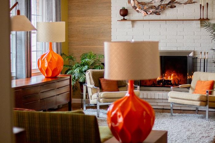 Iconic Pair of Mid-Century Honeycomb Orange Table Lamps