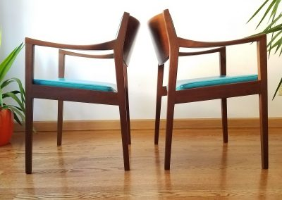 Pair Of Mid Century Modern Arm Chairs by Gunlocke Chair Co._5