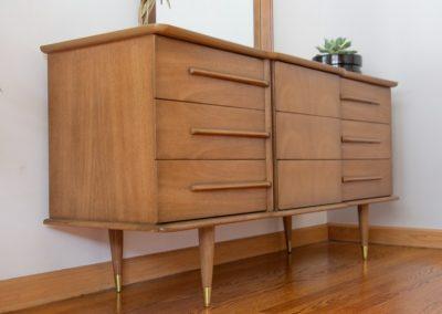 United Furniture Co. Mid Century Triple Dresser and Mirror_4