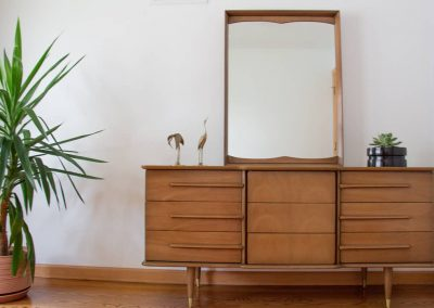 United Furniture Co. Mid Century Triple Dresser and Mirror_7