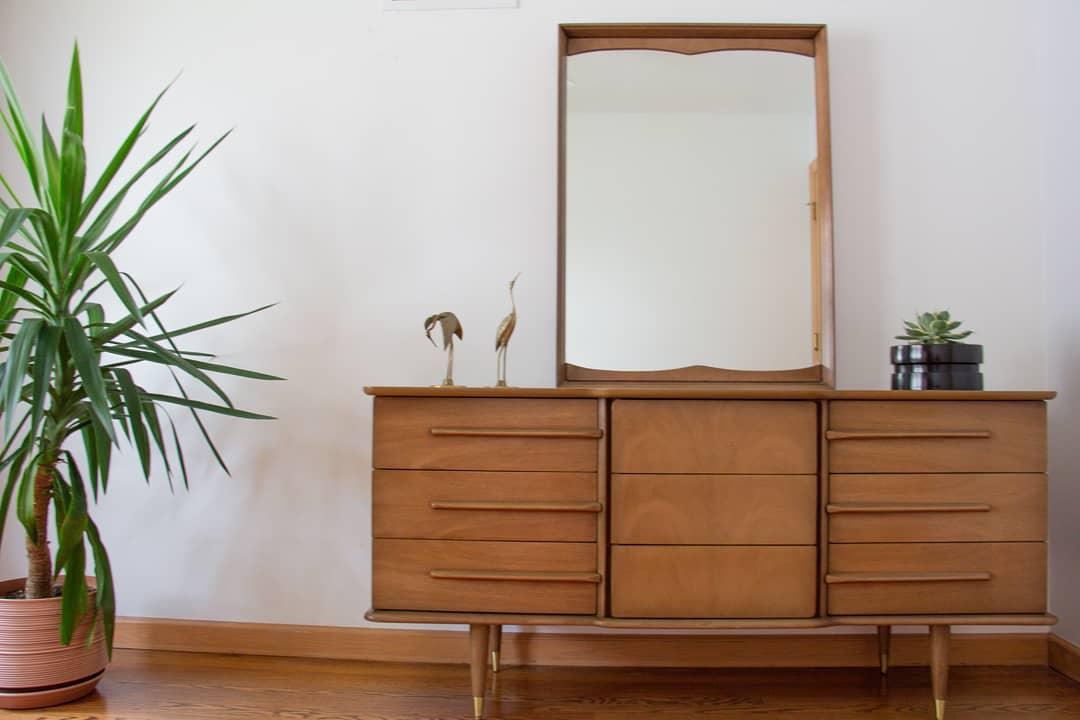Vintage Mid-Century Modern Triple Dresser