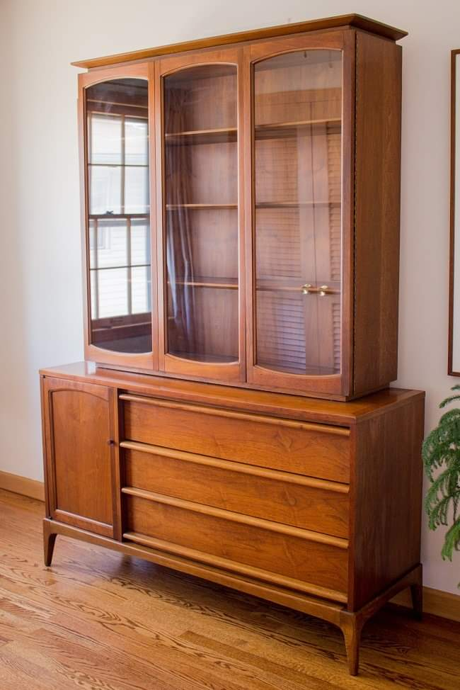 SOLD Vintage Mid-Century Modern Lane Rhythm China Cabinet
