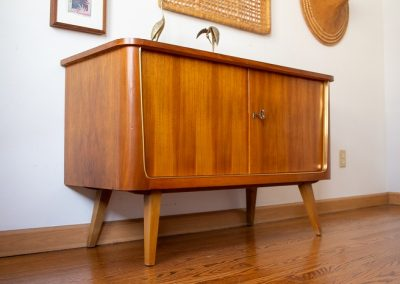 Mid Century Modern Bar with Lock and Key_2