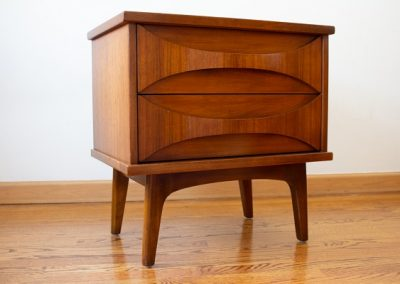 Mid Century Modern Nightstand by United Furniture Co._5