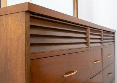 Mid Century Modern Triple Dresser with Mirror_5