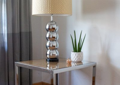 VINTAGE MID CENTURY CHROME MILO BAUGHMAN END TABLE_2